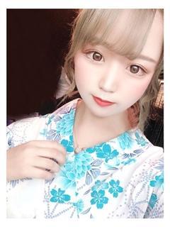 まりえ【妹系♡細身色白美少女】