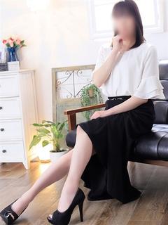 新人由紀子(ゆきこ)