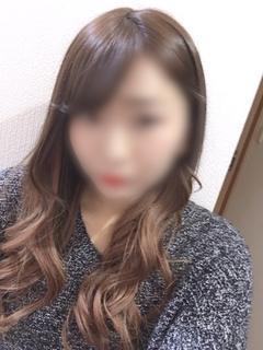 新人 YUKI(ユキ)