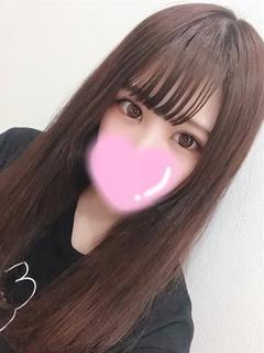 もも【ロりカワ巨乳Eカップ★】