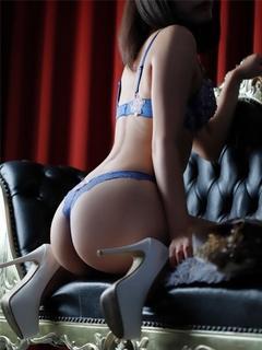 もか モデル系スレンダー美女