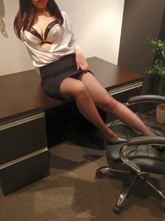 らいか 秘書