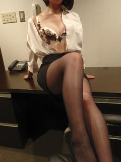 なぎ 秘書