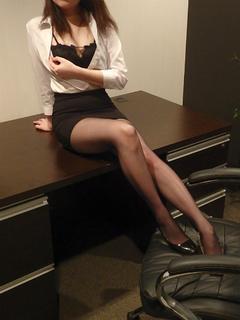ルア 秘書