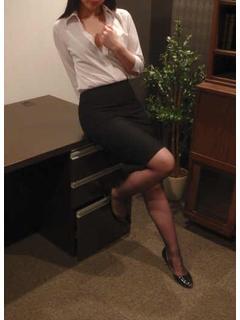 かいり 秘書